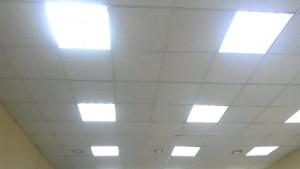 Достоинства подвесного потолка Армстронг